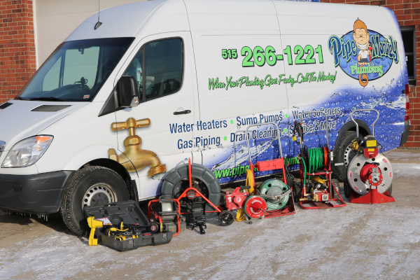 Truck_&_Snake_Equip._Image_for_Plumbign_Services_INformation_Page